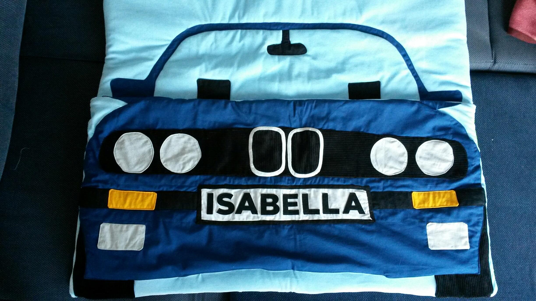 Maren Krieger 2016 Vorder- und Rückseite eines Autoschlafsackes