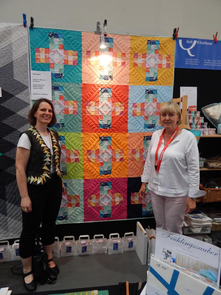 neue quilts im laden die erstmals auf der messe in karlsruhe gezeigt wurden quilt textilkunst. Black Bedroom Furniture Sets. Home Design Ideas